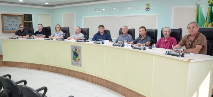 CONFIRA OS 08 PROJETOS QUE ESTAVAM EM PAUTA NA ÚLTIMA SESSÃO DE 2019.